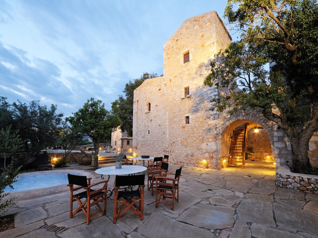 citta-dei-nicliani-luxury-hotel-1366x1024