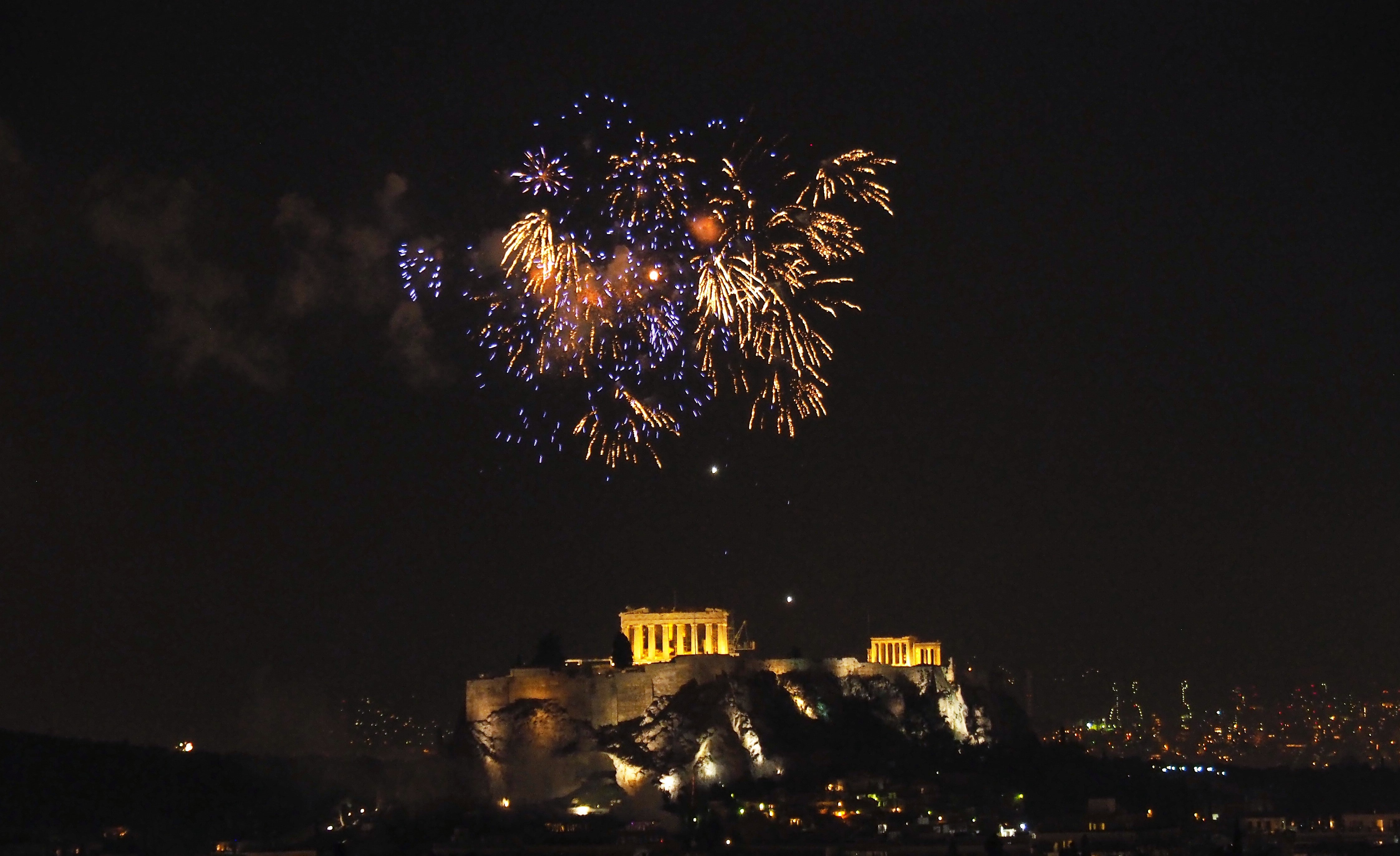 A Greek Christmas Traditions in Photos: Old to New ...