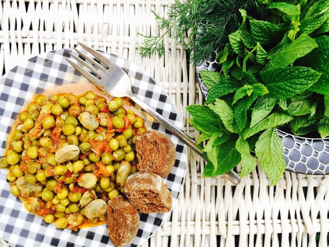 Greek food blogger interview meet marilita from gourmelita founded by marilita hatzivassiliou gourmelita is a food blog dedicated to great food based on soul satisfying family recipes forumfinder Images